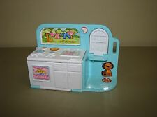Playskool Dollhouse size KITCHEN/LAUNDRY room (will fit Barbie Kelly dolls)