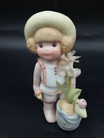 VINTAGE 1984 APPLAUSE WALLACE BERRIE Figurine August GIRL