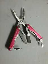 LEATHERMAN KNIFE MULTI TOOL SQUIRT P4 RED USED  BX3