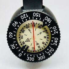 Wrist or lanyard mounted Scuba Diving Compass