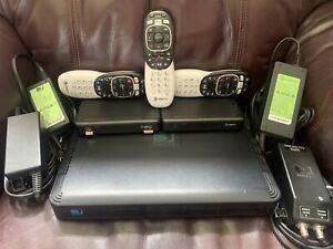 DirecTV 1TB DVR Bundle HR44-700 Two Genie Mini 3 Remotes Original Cables
