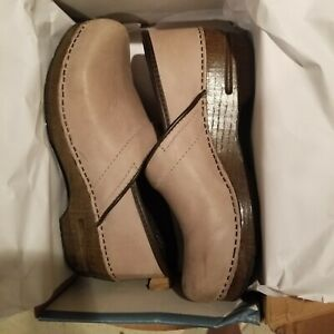 Dansko Professional Closed Back Clog - Soft Full Grain Sand Dollar Women's EU 40