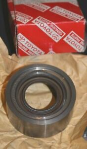 NOS Toyota 41109-33020 Cage Sub-Assy Differential Bearing Avalon 1992-2001 Camry