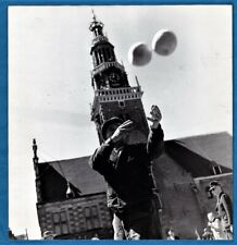 vintage photo Dutch Edam cheese fair Aart Klein Particam Netherlands foto 1951