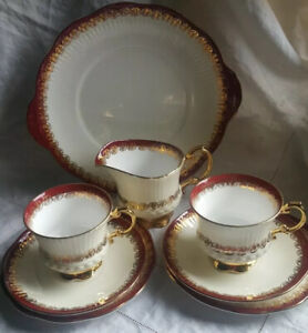Vintage (1960's) Elizabethan Mayfair Bone China red gold cream white tea for two