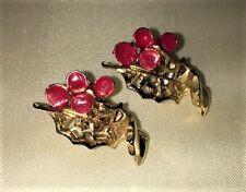 Vtg Holly Red Enamel Berries Gold Tone Leaf Clip-on Christmas Earrings Nice