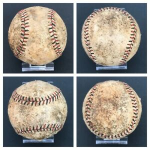 """VINTAGE 1930's LEATHER BASEBALL """"BALL"""" W/ RED AND BLACK STITCHES STITCHING LACES"""