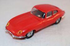"Minialuxe 1:43 Jaguar ""E"" Type red perfect mint Bel ETAT D'ORIGINE rare"