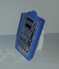 Tupperware Muskatnussreibe Mini Reibe blau Muskatnuss NEU Nüsse Käse