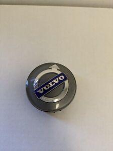 2000 Volvo S70 Center Cap Silver / Gray