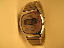 Vintage *WORKING* Digital YOUTH Wristwatch QUINTEL LCD Quartz [h1-3]