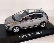 Peugeot 3008 grau/beige-Metallic, 1:43 NOREV