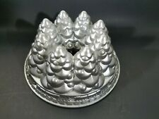Nordic Ware Aluminum 10 Cup Christmas Holiday Tree Bundt Cake Pan Mold Non-Stick