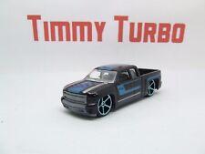 F Hot Wheels Chevy Silverado en negro HW camiones Arrastre Mint 75 mm de largo