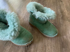 Girls Ugg Boots Size 12 Bailey Button Short Green Boots button details Read Play