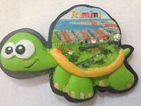 Souvenir Fridge Magnet Italia Italy - Rimini in Turtle - Brand New