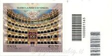 2013 francobollo Teatro La Fenice - Venezia VARIETA NON FUSTELLATO DX BARRE 1565