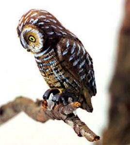 Dolls House Pel's Fishing Owl Miniature Outdoor Bird Animal Garden Accessory