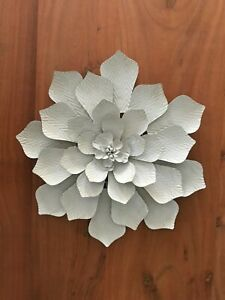 Bohemian Flower Hanging Enamel Vintage Style Ornament Metal Wall art Decor