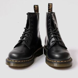 Doc Martens1460 Women Leather Heeled boots Smooth 8 Eye New 2021