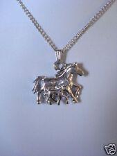 Pendentif  bijou cheval et bébé + chaine neuf