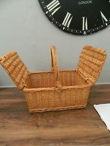 wicker hamper basket - traditional style - double opening lid