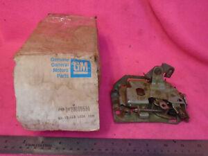NOS OEM GM 1978-88 Malibu Monte Carlo Regal Cutlass Left Door Latch
