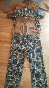 4  Vintage SafTbak items  Hunting Vest /2 Piece camo/Water proof Jacket -USA