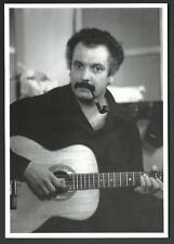 Georges Brassens fotografato nel 1957 - cartolina del 2000