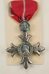 MBE KNIGHTHOOD MEDAL ORDER OF THE BRITISH EMPIRE CHIVALRY MILITARY HONOUR