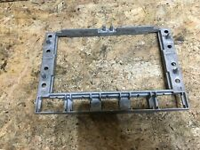 VW VOLKSWAGEN TOUAREG MK1 02-10 RADIO NAVIGATION PLAYER BRACKET FRAME 7L6857318