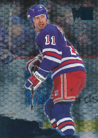 Mark Messier 1995-96 Fleer Metal #97 New York Rangers hockey Card