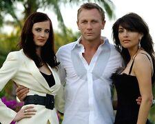 Casino Royale [Cast] (22121) 8x10 Photo