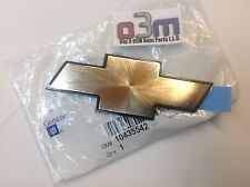 2001-2005 Chevrolet Venture Van Kühlergrill Gold Bowtie Emblem Neu Oem 10435542