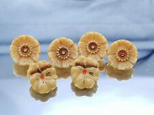Vintage  Glass Floral Glass Buttons, lot of 6.