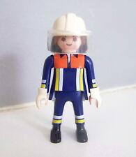 PLAYMOBIL (G2218) POMPIERS - Pompier Femme en Tenue d'Intervention Caserne 4819