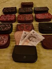 Hand made leather wallet/purse which comes in two colour,dark brown and mahogany