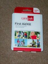 """"""""""" TRAVEL SIZE 21 PIECE FIRST AID KIT """"  (compact) ..GOES ANYWHERE<<<<<"""