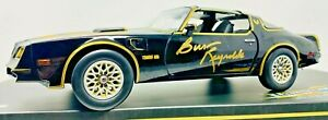Burt Reynolds Smokey and the Bandit Signed 1:18 Die-Cast Car Beckett Witnessed