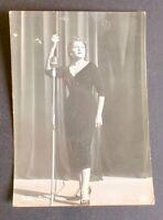 Fotografia personaggi spettacolo - Nilla Pizzi - 1956