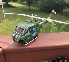 1960s US ARMY BATTERY OP. SPINNING TIN JAPAN LARGE HELICOPTER LITHO TOY WORKS!