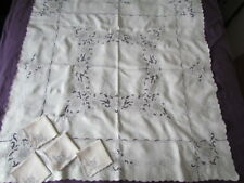 Vintage Madeira hand embroidery tablecloth Italian Linen Floral Ivory 4 Napkins
