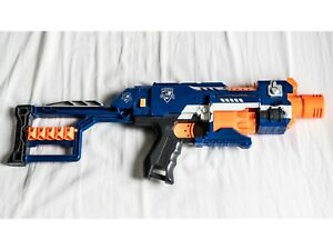 Nerf N-Strike Elite Stockade Gun - ELEKTRO - inkl. Armstütze WIE NEU