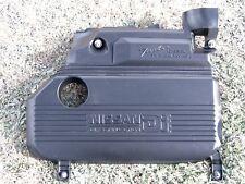 Nissan Alméra Tino DI 16V de 2001,cache capot protection couvercle dessus moteur