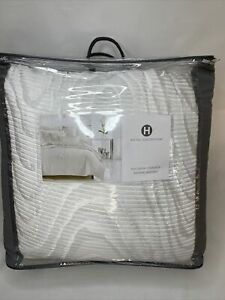 Hotel Collection Moire Full/Queen Comforter $500 MSRP