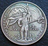 WW2 GERMAN COLLECTORS COIN  1933 HITLER DEUTSCHLAND ERWACHE