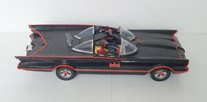 🔶️VINTAGE MATTEL HOT WHEELS 1:18 1966 TV SERIES BATMOBILE BATMAN ROBIN FIGURES