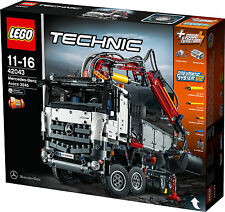 LEGO Technic Mercedes-Benz Arocs 3245 (42043) BRAND NEW - Amazing Gift