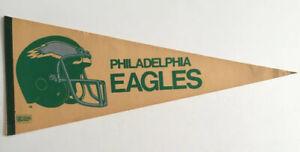 """Vintage NFL 1980 Philadelphia Eagles Old Logo Felt Pennant 30"""" Beige & Green"""