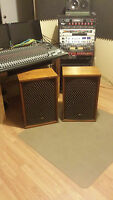 SANSUI SP-2500 SPEAKERS,SP 2500,GREAT WORKING ,LEGENDARY SOUND.PICK UP ONLY